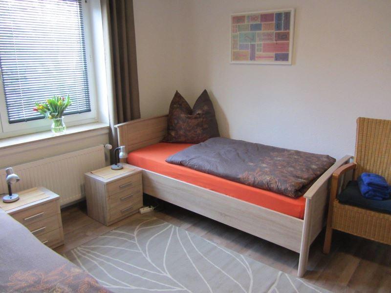 ferienwohnung oldenburg unterkunft ab 15 pro person nacht. Black Bedroom Furniture Sets. Home Design Ideas